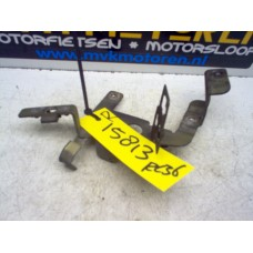 Bevestiging kuip Rechts Honda VFR750 RC36 1990-93